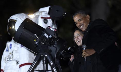 President Barack Obama with high school student Agatha Sofia Alvarez-Bareiro
